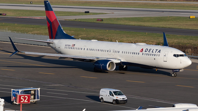 N879DN - Boeing 737-932ER - Delta Air Lines