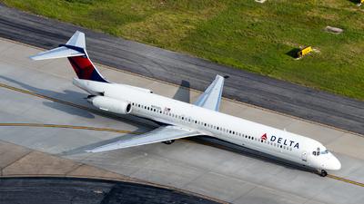 N976DL - McDonnell Douglas MD-88 - Delta Air Lines