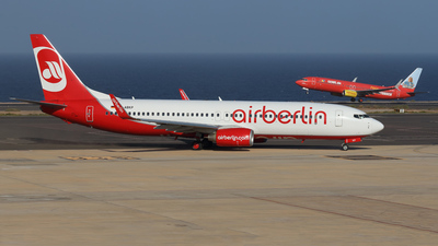 D-ABKP - Boeing 737-86J - Air Berlin