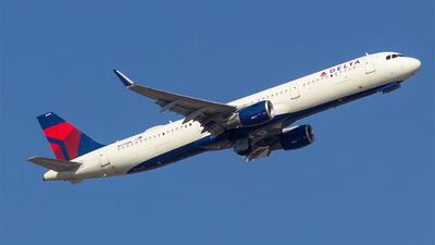 A picture of N379DN - Airbus A321211 - Delta Air Lines - © Matthew Scott