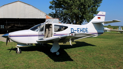 D-EHDE - Rockwell Commander 114B - Private
