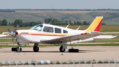 C-GAZL - Piper PA-28R-201T Turbo Cherokee Arrow III - Private