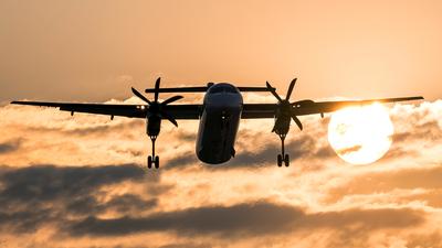 SP-EQC - Bombardier Dash 8-Q402 - LOT Polish Airlines