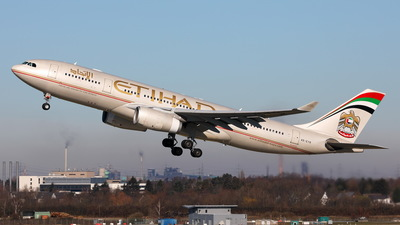 A6-EYR - Airbus A330-243 - Etihad Airways