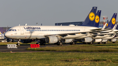 A picture of DAIUO - Airbus A320214 - Lufthansa - © Peter Tolnai