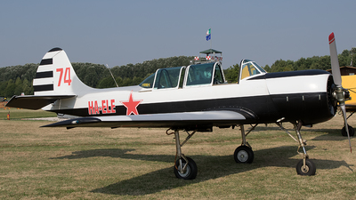 HA-ELE - Yakovlev Yak-52 - Private