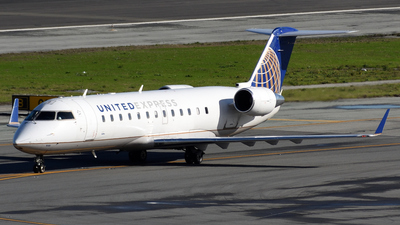 A picture of N946SW - Bombardier CRJ200ER - United Airlines - © Jordan Louie