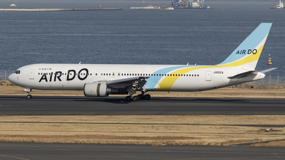 JA612A - Boeing 767-381(ER) - Air Do (Hokkaido International Airlines)