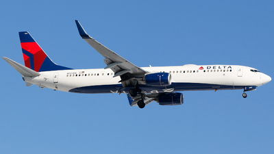 A picture of N901DN - Boeing 737932(ER) - Delta Air Lines - © Alec Mollenhauer