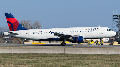 N327NW - Airbus A320-211 - Delta Air Lines
