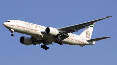 A picture of A6DDB - Boeing 777FFX - Etihad Airways - © Simone Previdi