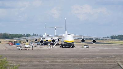 LFLX - Airport - Ramp