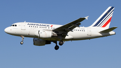 A picture of FGUGD - Airbus A318111 - Air France - © Pierre Pm