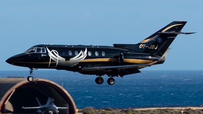 A picture of OYJBJ - Hawker 800XP - SunAir - © Pablo Gonzalez de Leon