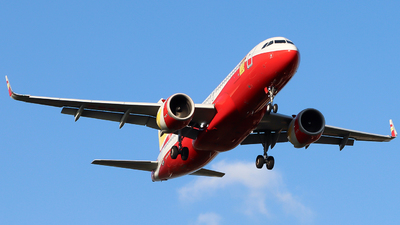 B-300K - Airbus A320-251N - Lucky Air