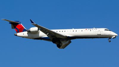 A picture of N367CA - Mitsubishi CRJ701ER - Delta Air Lines - © Alec Mollenhauer