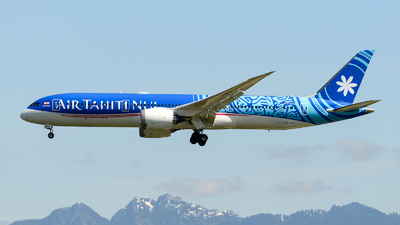 A picture of FOTOA - Boeing 7879 Dreamliner - Air Tahiti Nui - © Chung Kwok