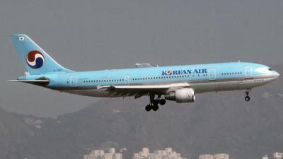 HL7297 - Airbus A300B4-622R - Korean Air