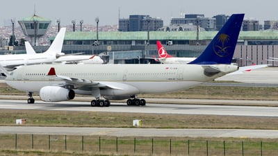 TC-OCN - Airbus A330-243 - Onur Air