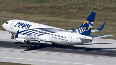 XA-VDD - Boeing 737-3H4 - Magnicharters