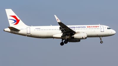 B-8222 - Airbus A320-232 - China Eastern Airlines