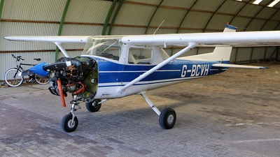 G-BCVH - Reims-Cessna FRA150L Aerobat - Private