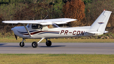 PR-CDN - Cessna 152 - Sky Training - Escola de Aviação Civil