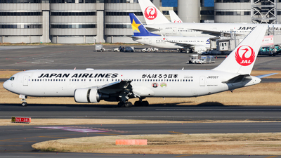 JA8987 - Boeing 767-346 - Japan Airlines (JAL)