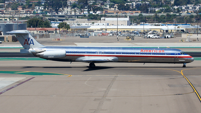 N271AA - McDonnell Douglas MD-82 - American Airlines