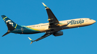 A picture of N474AS - Boeing 737990(ER) - Alaska Airlines - © Andrew Jeng