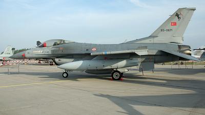 93-0671 - General Dynamics F-16C Fighting Falcon - Turkey - Air Force