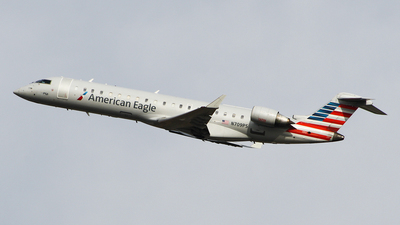 N709PS - Bombardier CRJ-701 - American Eagle (PSA Airlines)