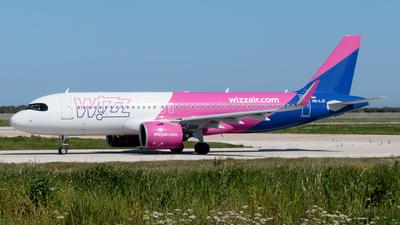 A picture of HALJC - Airbus A320271N - Wizz Air - © Enzo Gattullo - Plane Spotters Bari