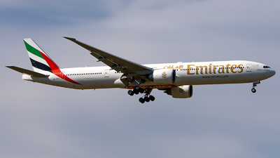 A picture of A6EPG - Boeing 77731H(ER) - Emirates - © GoldenWingPix