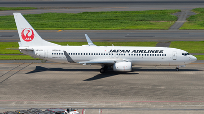 JA344J - Boeing 737-846 - Japan Airlines (JAL)