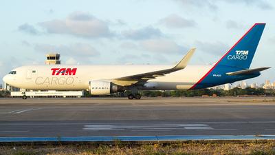PR-ACO - Boeing 767-346F(ER) - TAM Cargo