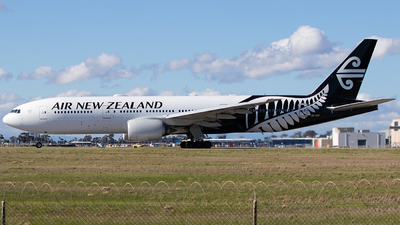 ZK-OKE - Boeing 777-219(ER) - Air New Zealand