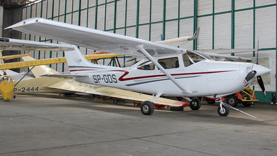 SP-GDS - Cessna 182A Skylane - Private