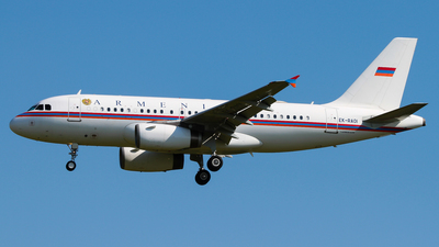 EK-RA01 - Airbus A319-132(CJ) - Armenia - Government