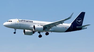 A picture of DAINM - Airbus A320271N - Lufthansa - © Pablo Gonzalez de Leon