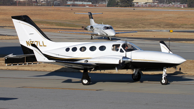 A picture of N817LL - Cessna 421C Golden Eagle - [421C0230] - © Kevin Porter