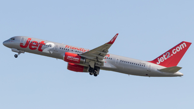 A picture of GLSAB - Boeing 75727B - Jet2 - © Egccarchie