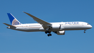 N29971 - Boeing 787-9 Dreamliner - United Airlines