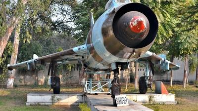 B843 - Sukhoi Su-7BM Fitter A - India - Air Force