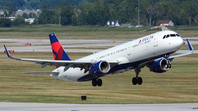 N314DN - Airbus A321-211 - Delta Air Lines