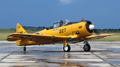 N211RF - North American AT-6C Texan - Commemorative Air Force