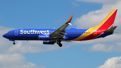 N8537Z - Boeing 737-8H4 - Southwest Airlines