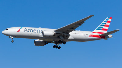 A picture of N768AA - Boeing 777223(ER) - American Airlines - © Martin Rogosz