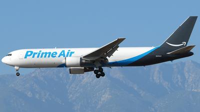 N433AZ - Boeing 767-381(ER)(BCF)  - Amazon Prime Air (Air Transport International)