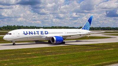 N29978 - Boeing 787-9 Dreamliner - United Airlines